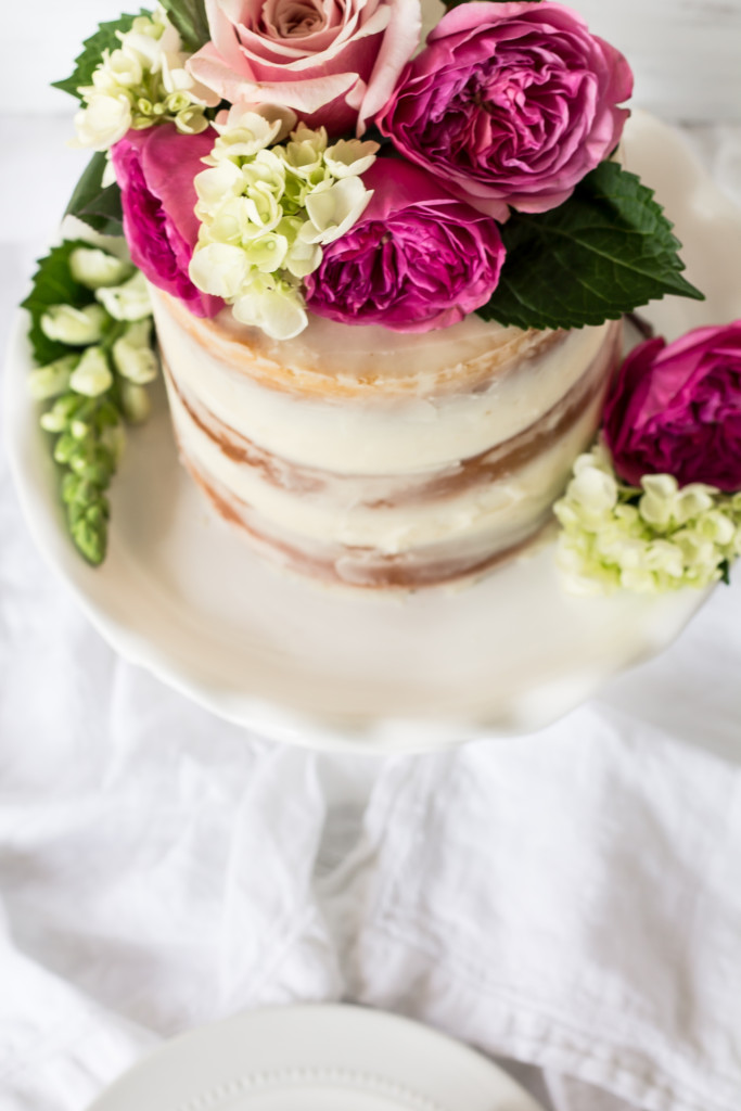 Celebration time with this beautiful champagne cake with rose buttercream!