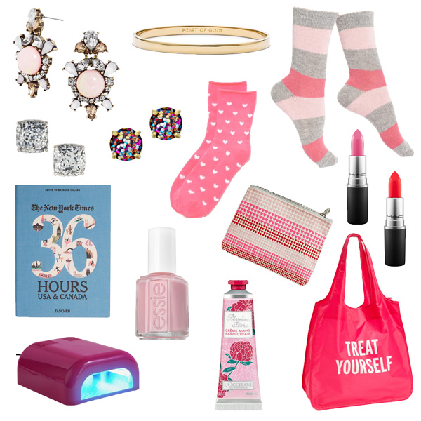Valentine's day gift guide is full of great ideas for a care package for your girlfriends and sisters!
