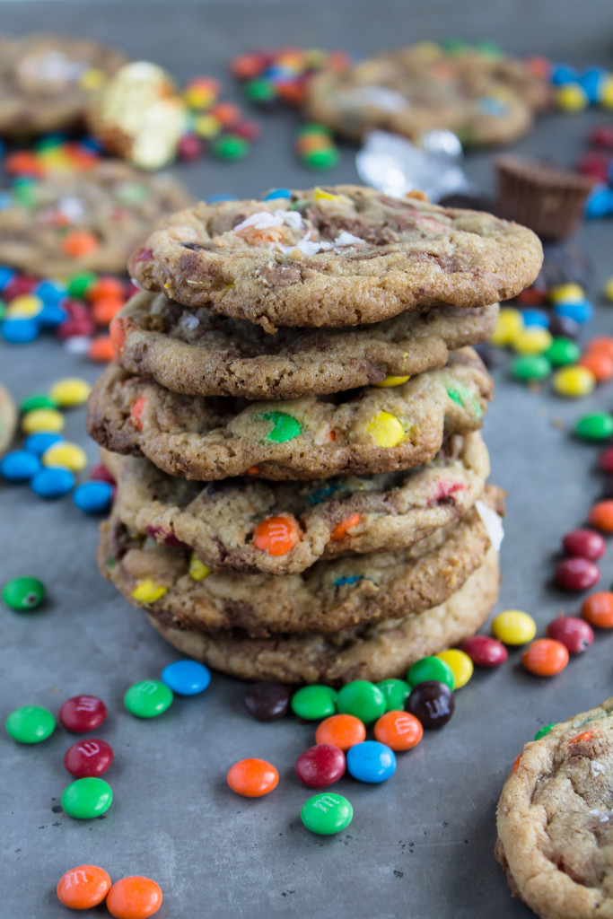 M&M and Reese's swirled sea salt cookies aka Halloween leftover cookies | www.passthecookies.com