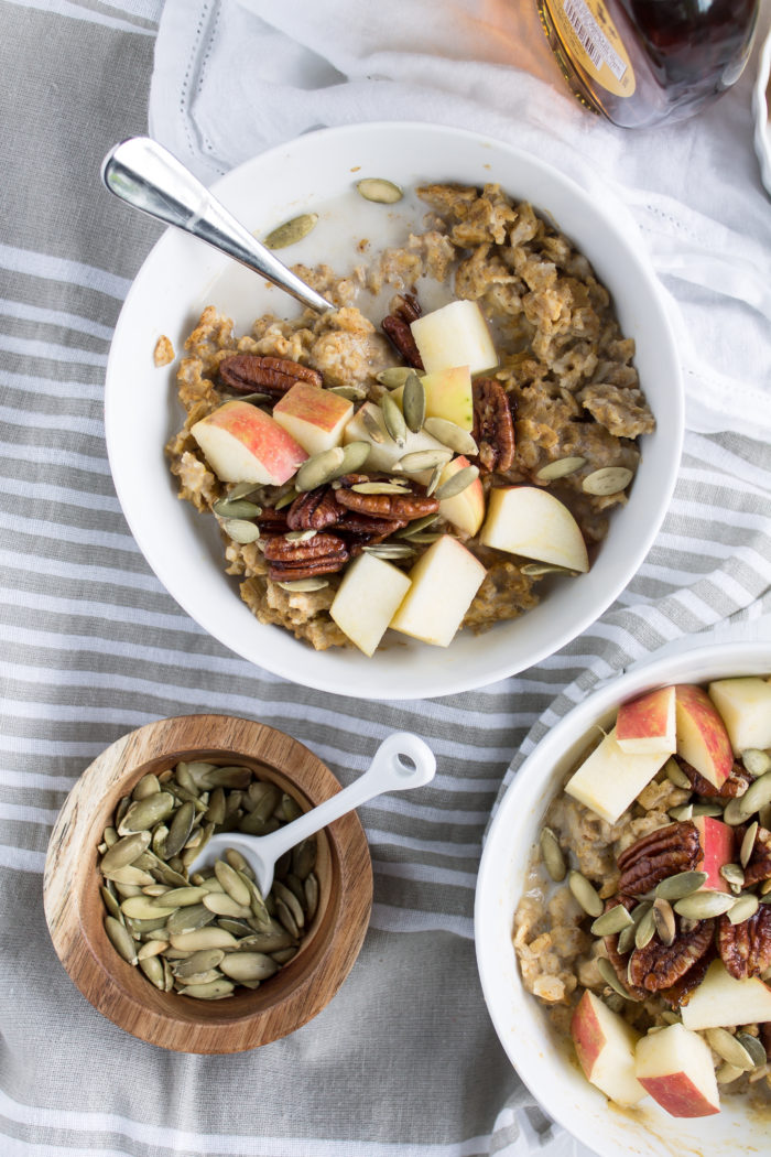 pumpkin pie oatmeal with maple roasted pecans