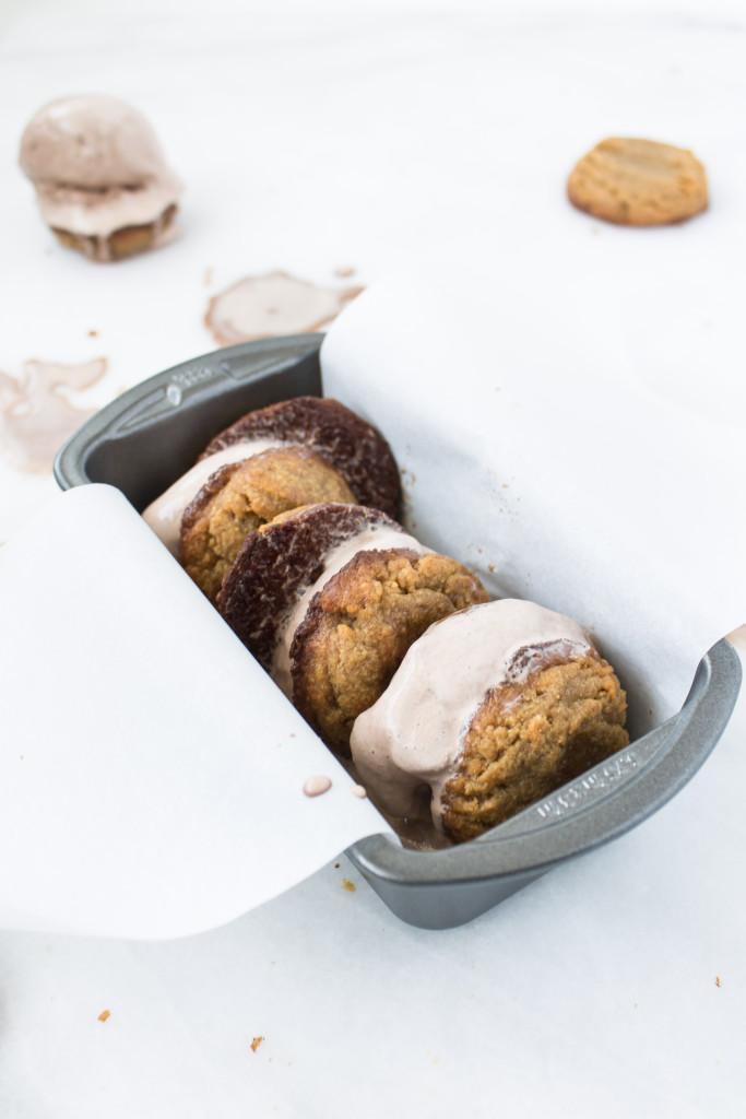 Flourless Peanut Butter Cookie Ice Cream Sandwiches | www.passthecookies.com