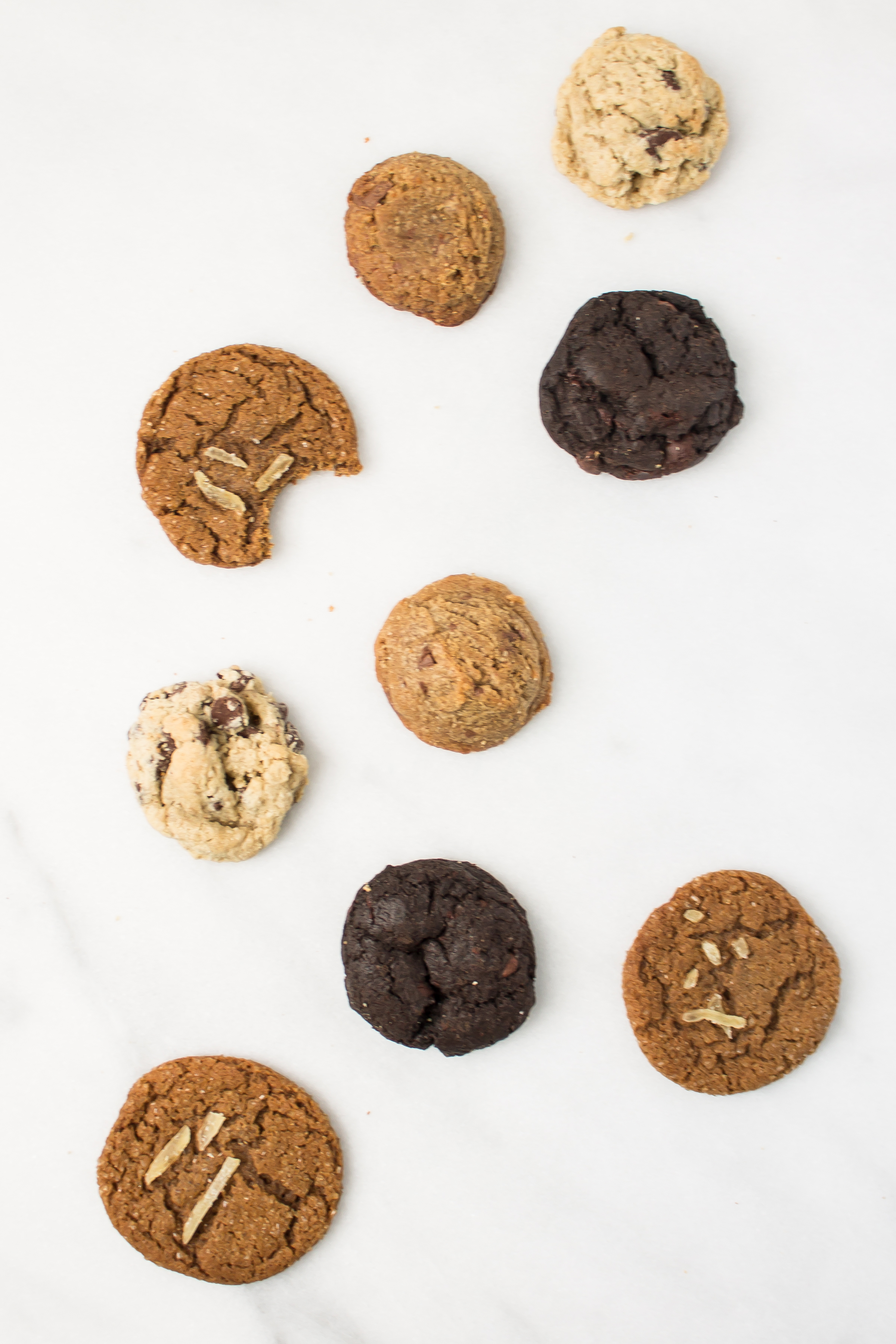 How to Make Hundreds of Cookies for a Wedding Reception Cookie Bar | www.passthecookies.com