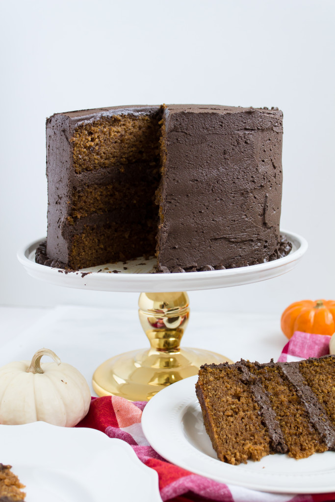 Pumpkin Cake with Chocolate Frosting | Pass the Cookies | www.passthecookies.com