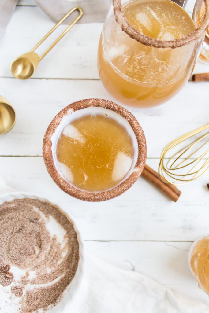 Pumpkin Ginger Bourbon Punch | Pass the Cookies | www.passthecookies.com