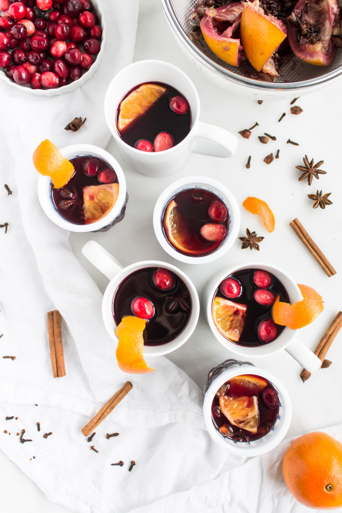Mulled Wine (Glühwein)| Pass the Cookies | www.passthecookies.com