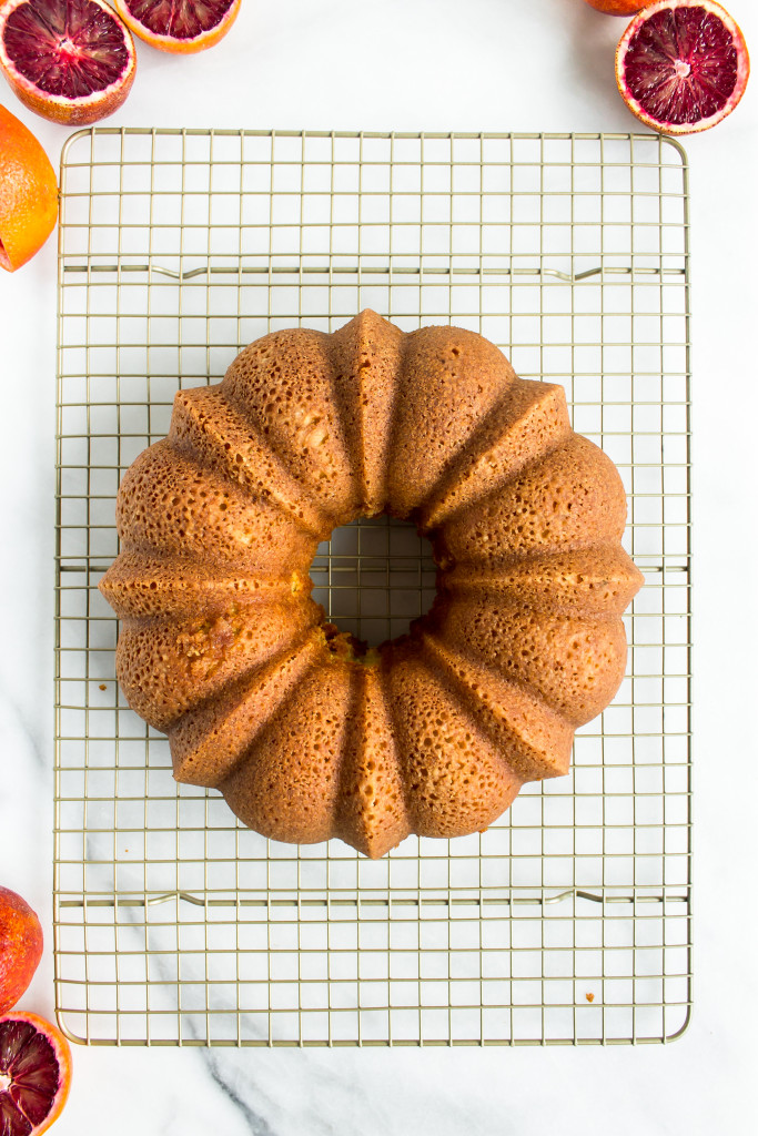 Blood Orange Bundt Cake with Cinnamon Caramel | Pass the Cookies | www.passthecookies.com