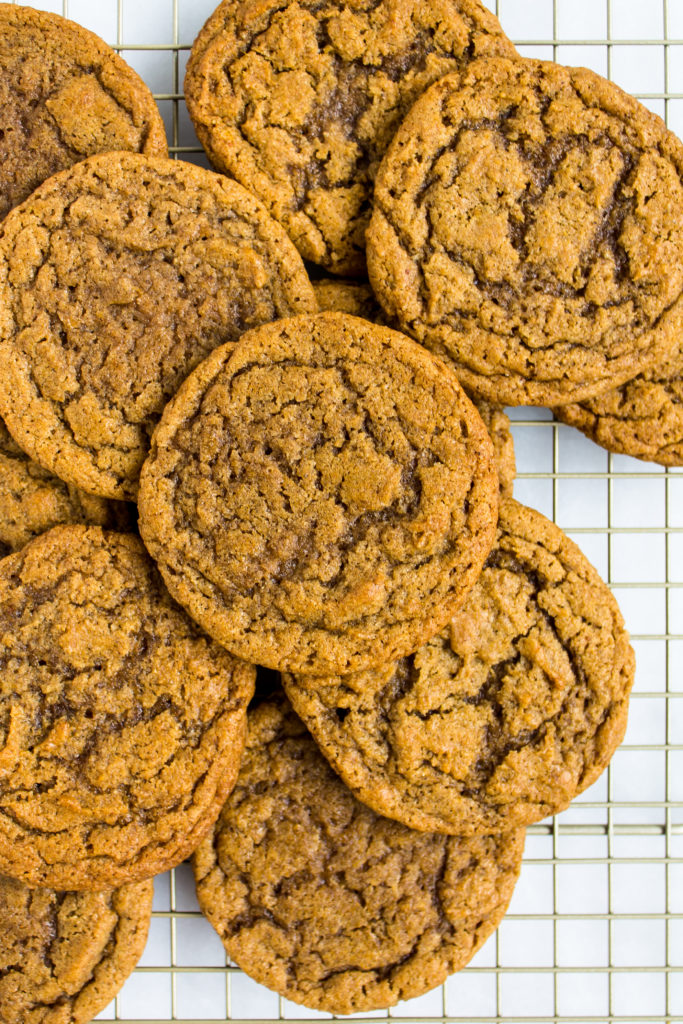 Filled with pumpkin, brown butter, and spices, these chewy pumpkin cookies are the perfect fall treat | Pass the Cookies | www.passthecookies.com
