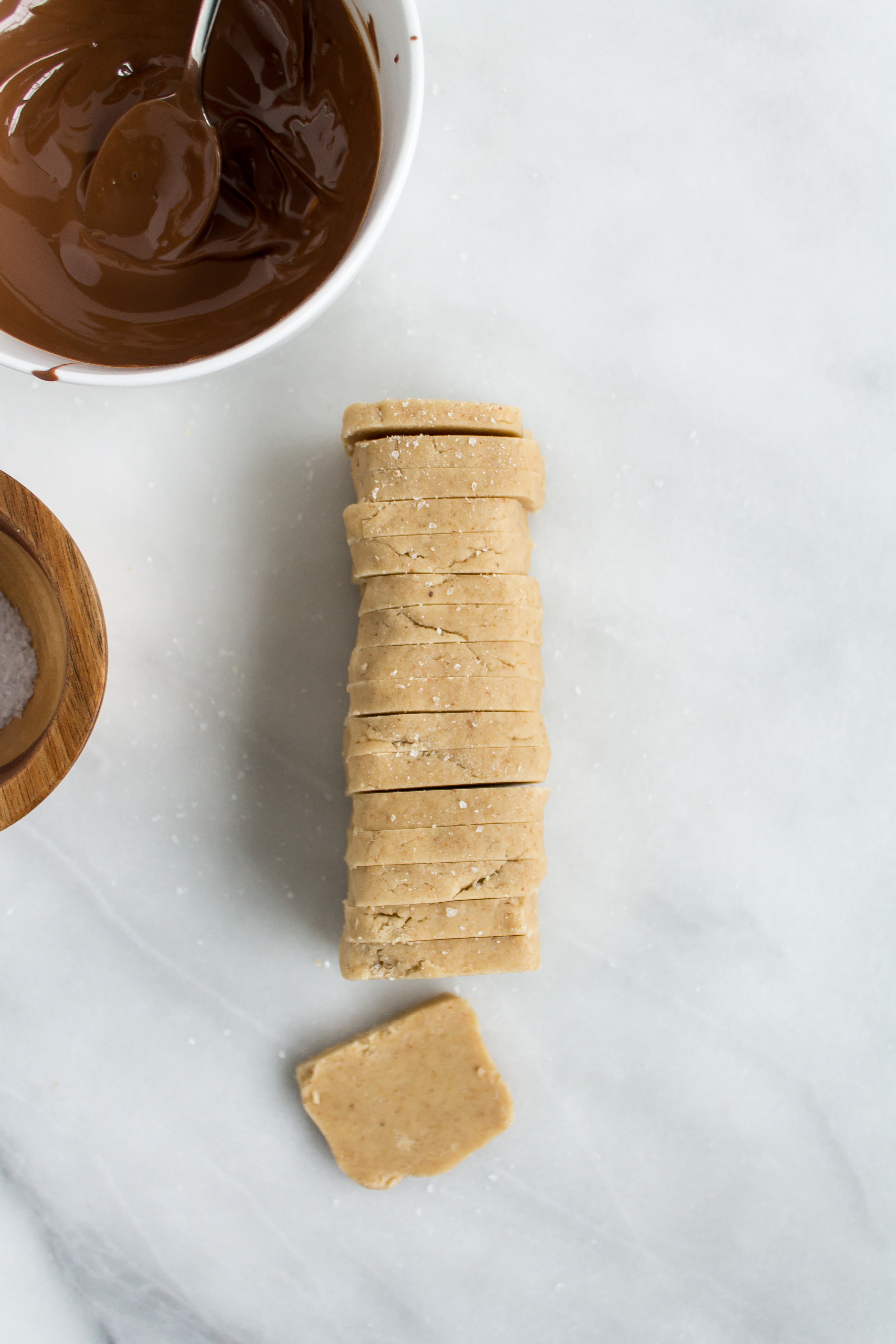 Sweet and salty almond butter shortbread cookies are delicious and so easy! | www.passthecookies.com