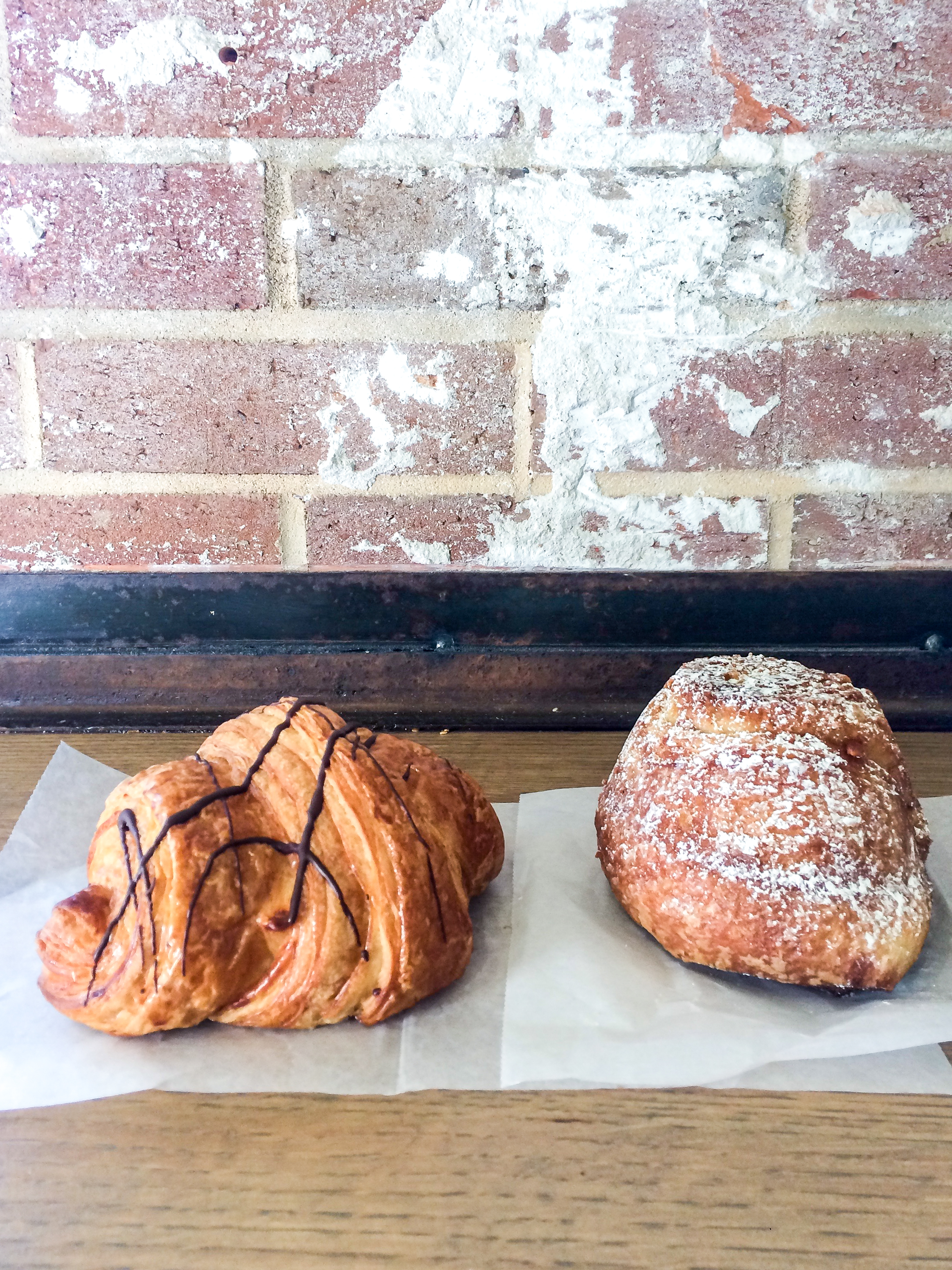 Guide to Coffee Shops in the Triangle | Pass the Cookies | www.passthecookies.com